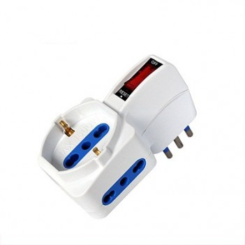 Adapter 3-Seat Bypass Schuko 10A Plug with Switch - Space-Saving