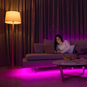 Yeelight - Strip Led WiFi 2 m Multicolore RGB Incluso di Presa